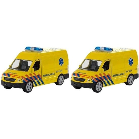 2x Speelgoed ambulance met licht en geluid