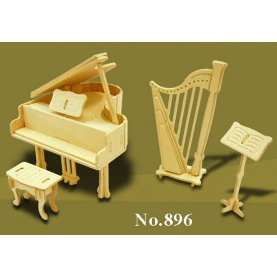 Houten poppenhuis muziekinstrumenten