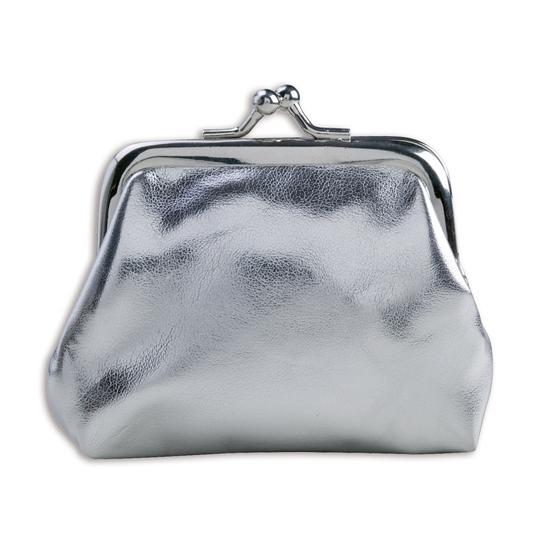 bb4f40d4412 Portemonnee zilver metallic. een kleine glimmend zilveren dames of meiden  portemonnee met knip sluiting.